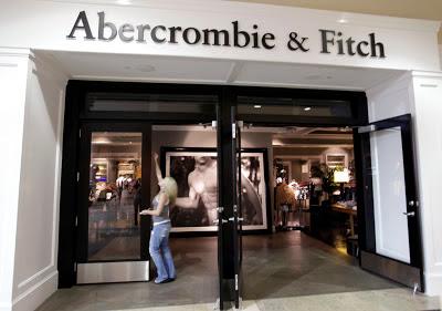 Abercrombie-Fitch-visual-merchandising-lojas-3