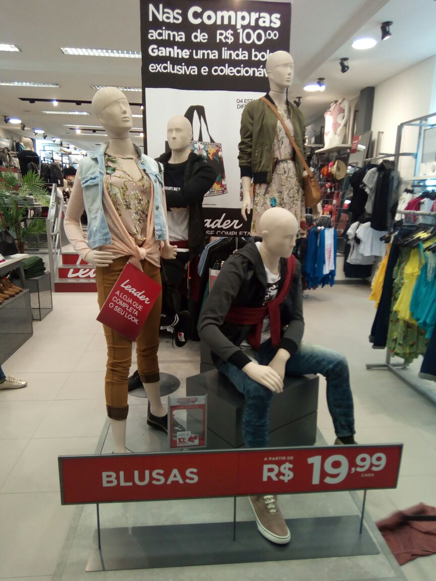 Lojas Leader visual merchandising varejo moda (20)